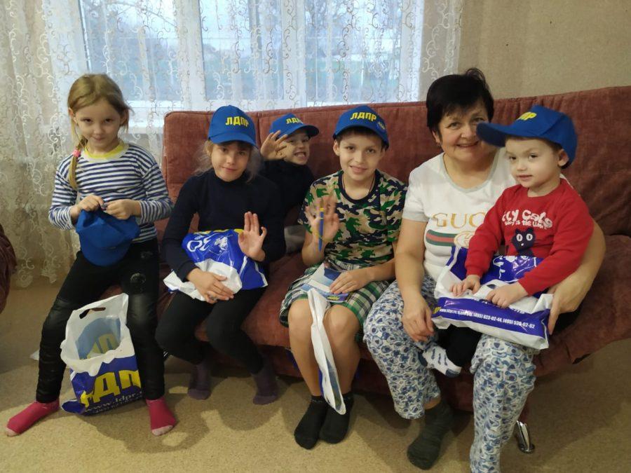 ЛДПР в Севастополе поддерживает многодетные семьи города