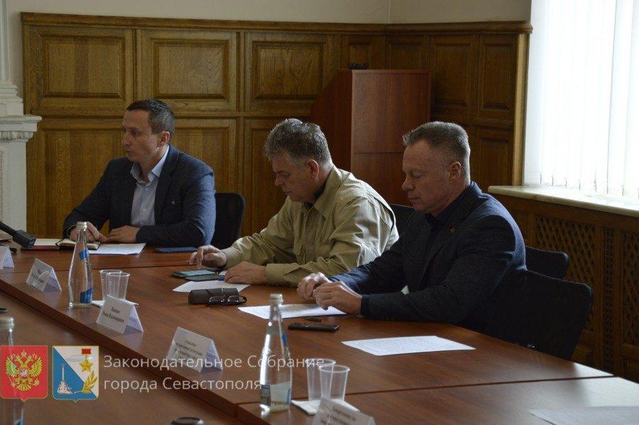 Андрей Куринов продолжает бороться с уплотнительной застройкой в Гагаринском районе