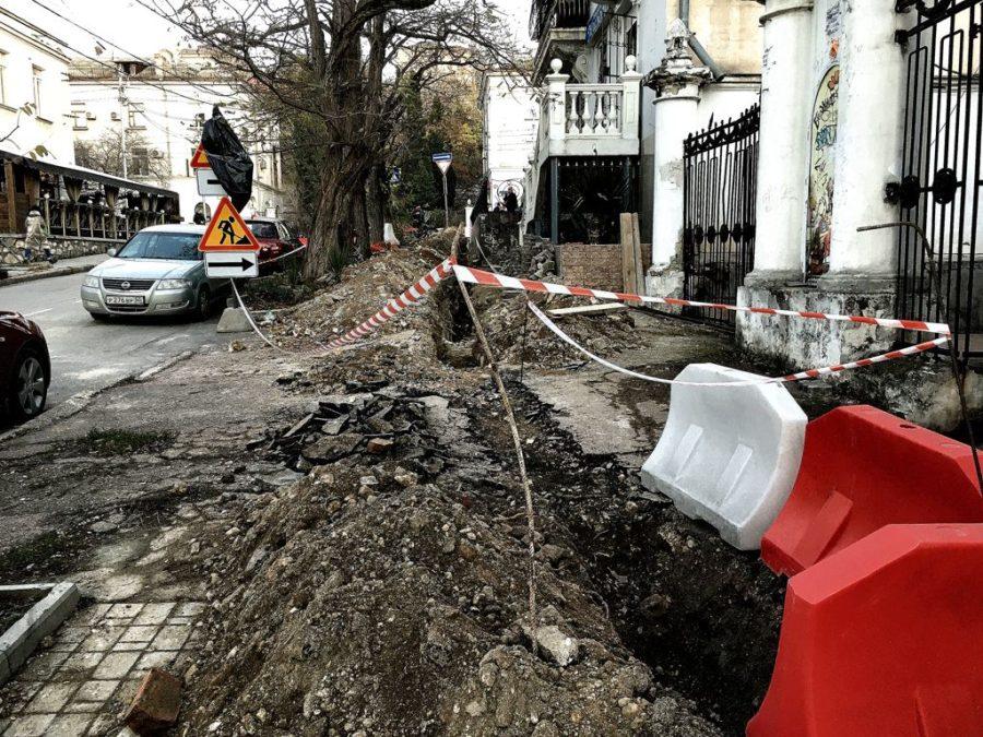 Фракция ЛДПР в Заксобрании инициирует введение административной ответственность за проведение незаконных земляных работ