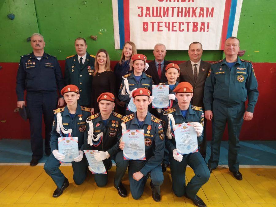 Артем Гордиенко принял участие в смотре строя и песни кадетских классов средней школы №60