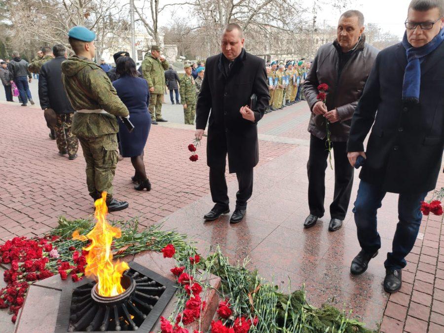 Депутаты от ЛДПР приняли участие в мероприятиях, приуроченных к годовщине вывода советских войск из Афганистана