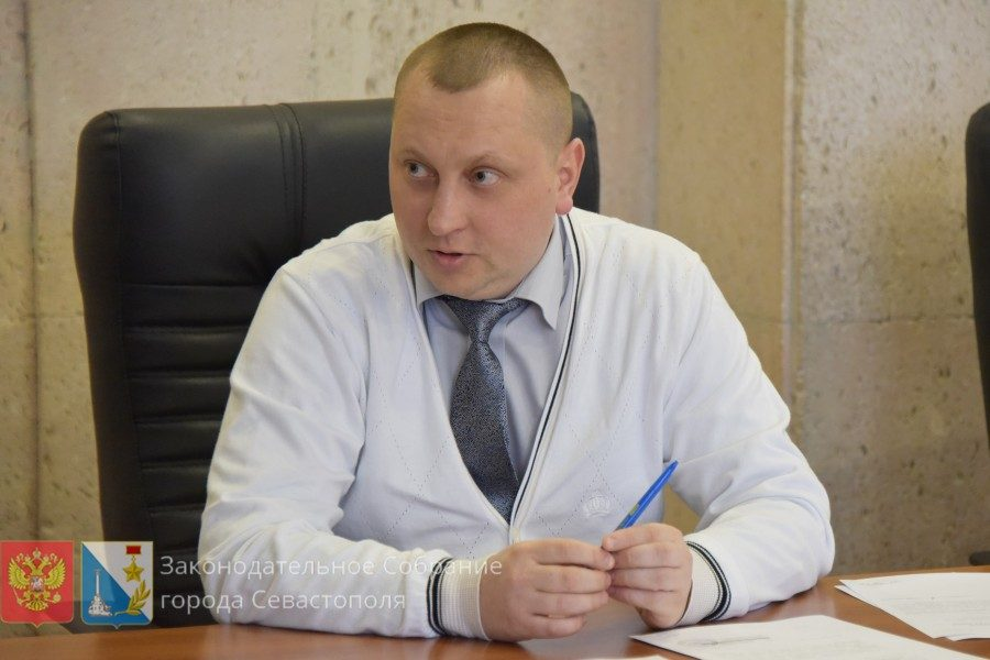 Артем Гордиенко: Заксобранию необходимо проработать вопрос предоставления льгот участковым