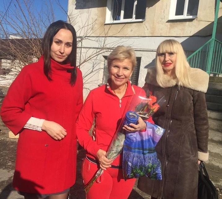 ЛДПР поздравляет с Днем рождения главу первички «Красная горка» Елену Исакову