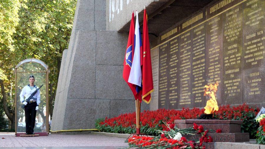 Поздравление вице-спикера Законодательного Собрания Севастополя Ильи Журавлева с Днем защитника Отечества