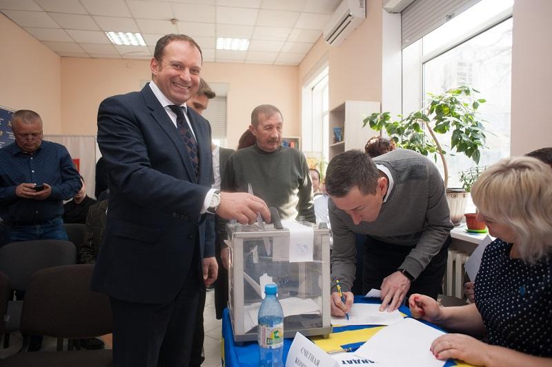 Илья Журавлев избран главой Севастопольского отделения ЛДПР