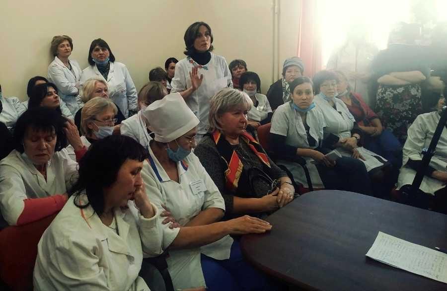 Вице-спикер Заксобрания требует немедленно обеспечить севастопольских медиков средствами индивидуальной защиты