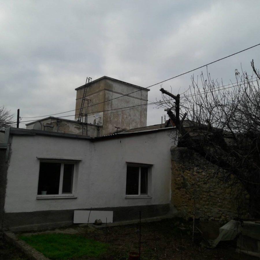 В Севастополе жителей за свой счет заставляют переносить ЛЭП